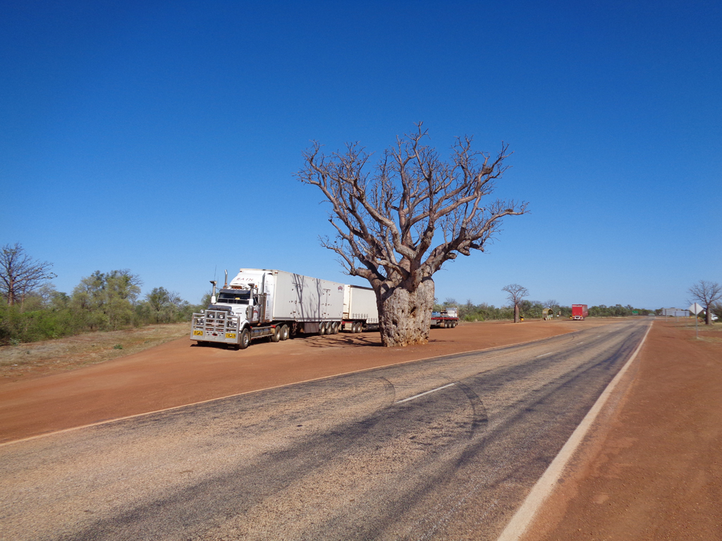 Roadtrain deliveries into Kununurra