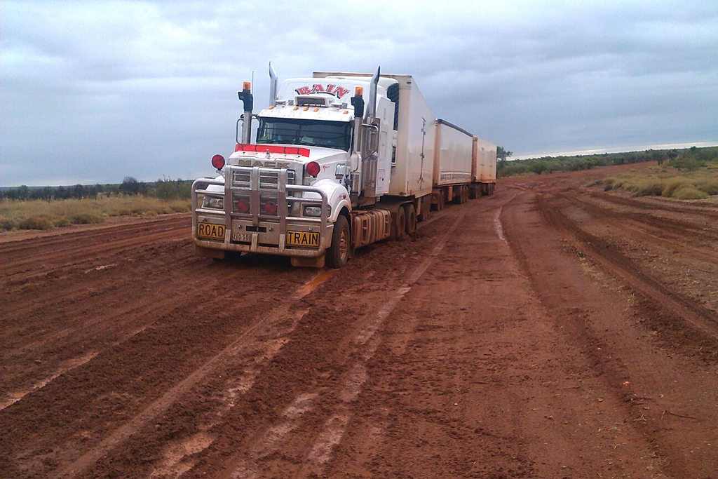 Roadtrain - Wet season Tanami groceries 2
